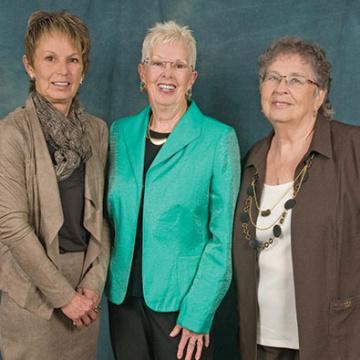 Karen Underhill, Ann Halikowski, Lorrain Hilland - 2016